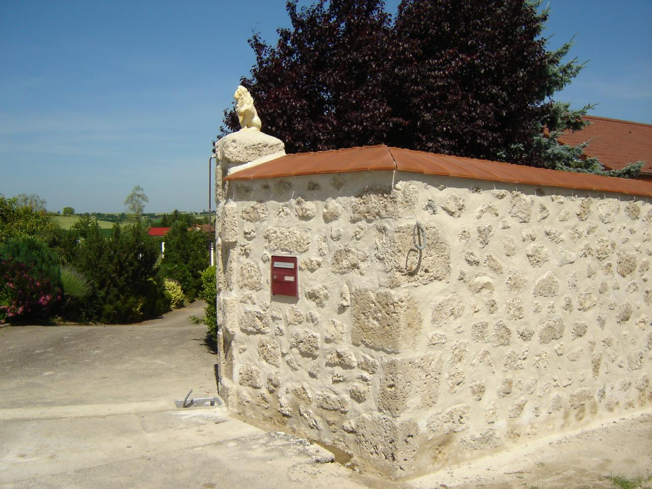 Mur de cl ture en pierre - Mur privatif droit et devoir ...