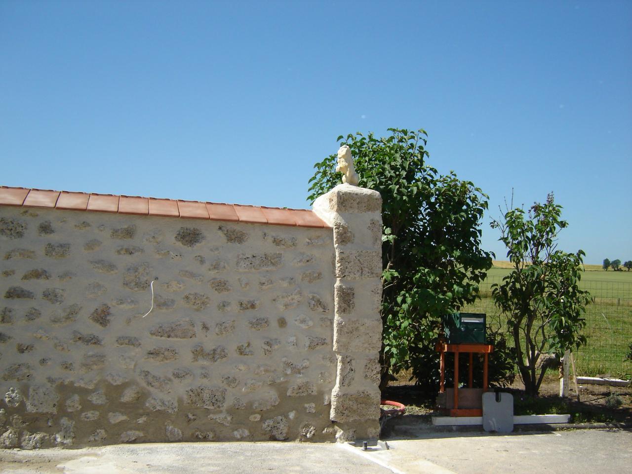 Mur de cl ture en pierre - Faire un mur de cloture ...
